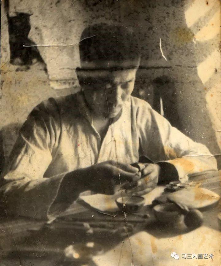冀派內畫泰斗鼻煙壺內畫大師王習三 - 1968年王习三在杨庄村的半农斋画室