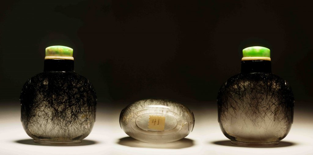 髮晶饕餮铺首鼻煙壺 | Hair Crystal with Faux Side Handle Snuff Bottles | 治潁珍藏 | ZhiYing Collection
