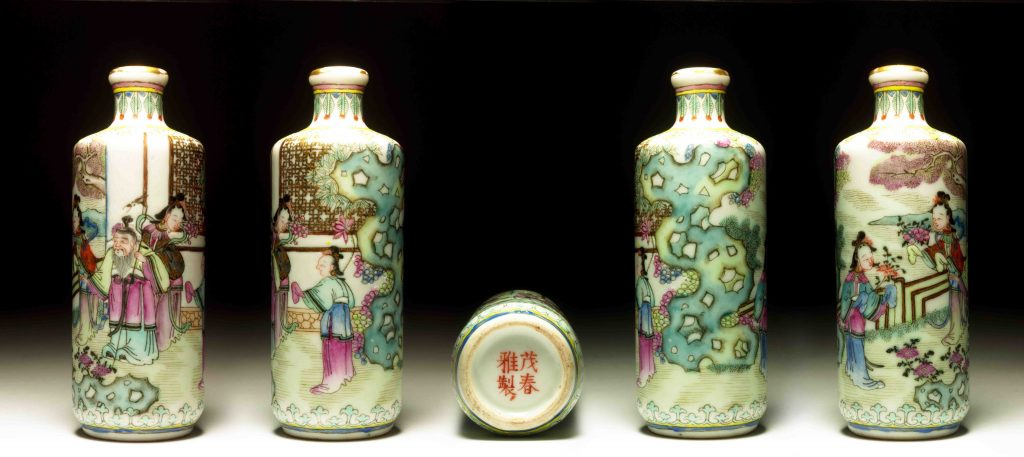 嘉庆道光瓷胎粉彩灌园叟晚逢仙女鼻烟壶 | Famille-Rose Enamelled Porcelain Master Qiu's Encounter with Fairies Snuff Bottles | 治潁珍藏 | ZhiYing Collection